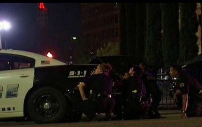 Фото: в Далласі поранено 14 людей