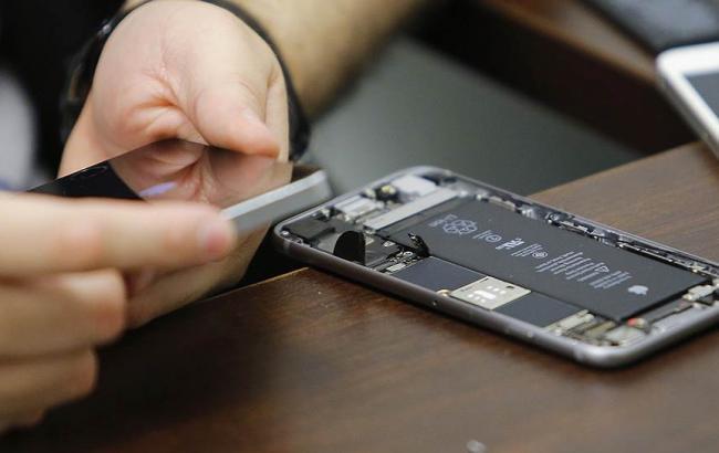 ФБР согласилось разблокировать еще два iPhone