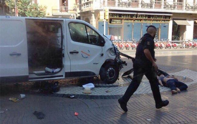 Поліція ліквідувала терористів вкаталонському місті Камбрільс