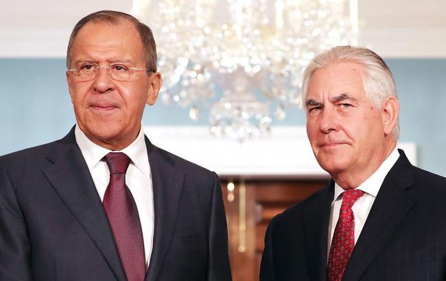 Тиллерсон предупредил Лаврова оготовящемся объявлении Белого дома поСирии