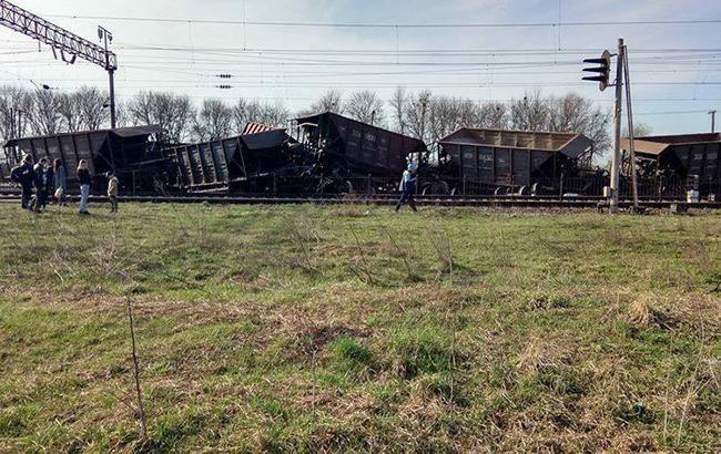 Фото: авария поезда (uz.gov.ua)