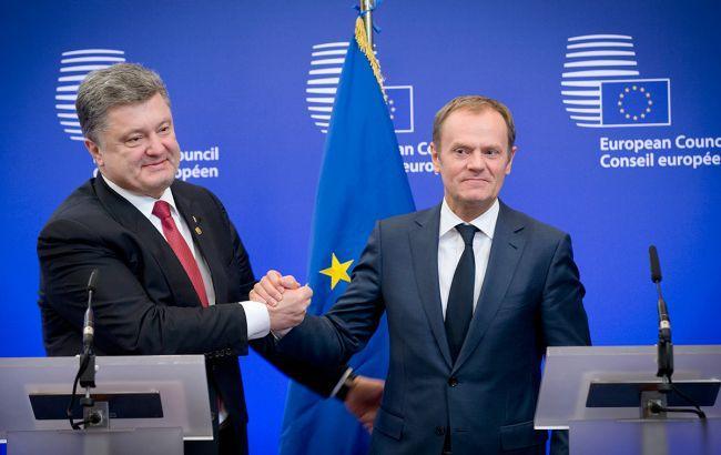 Порошенко провел телефонный разговор сТуском перед совещанием Евросовета