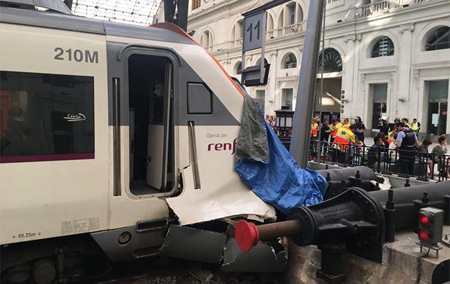 Фото: аварія в Барселоні (twitter.com guillem_sm)