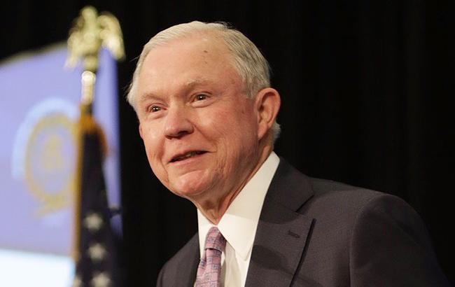 Генпрокурор США не будет идти в отставку после публикаций бесед с послом РФ