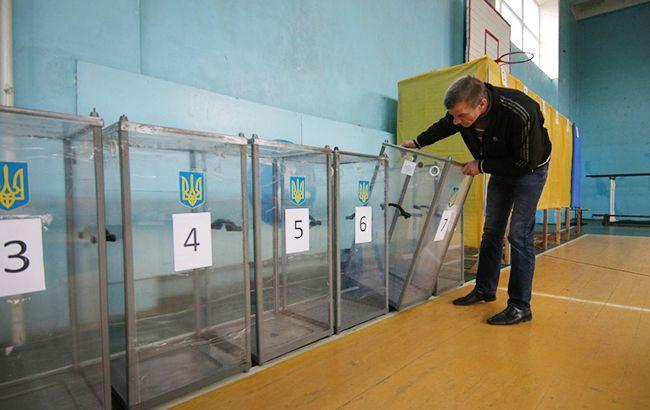 В Донецкой области избили члена избирательной комиссии