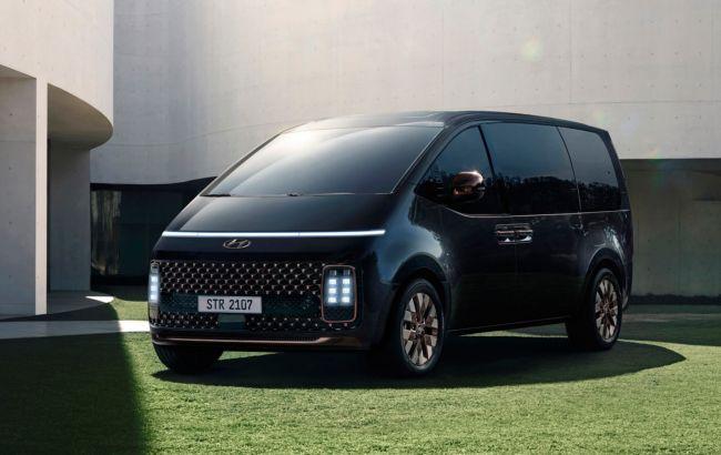 Футуристичний мінівен Hyundai Staria стартує в Україні: оголошено ціни і комплектації