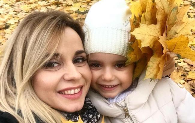 Фото: Лилия Ребрик с дочкой Дианой (facebook.com/Телеканал Україна)