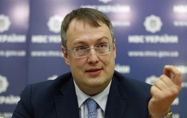 В Украине сегодня заработалисервисные центры МВД