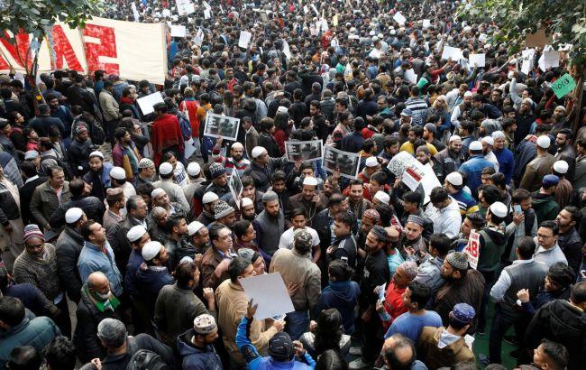В Індії під час антиурядових протестів загинули 13 осіб