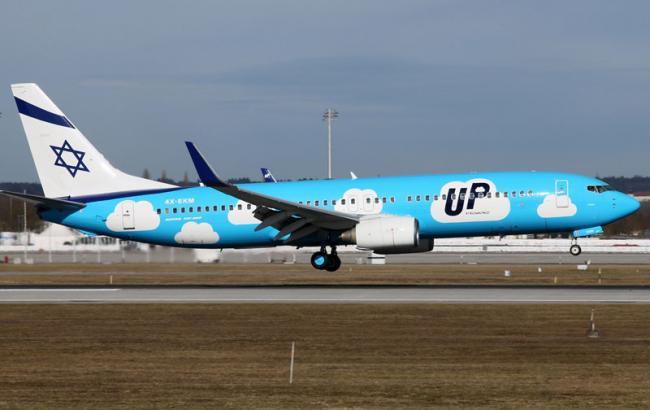 Фото: следующий в Киев самолет совершил аварийную посадку в Израиле