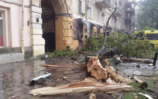 Фото: стихія обрушилася на Одесу