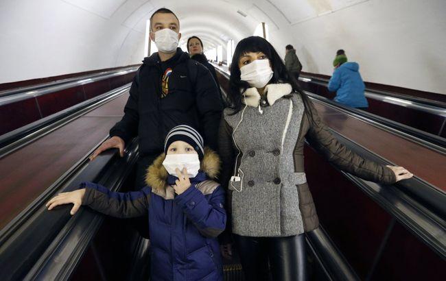 Эпидемия в Украине: в киевском метро ввели новые меры предосторожности