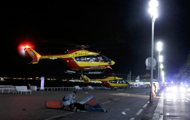 Фото: в результате теракта в Ницце пострадали 303 человека