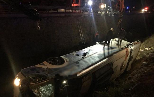У Туреччині розбився рейсовий автобус: 8 осіб загинули, ще 28 постраждали