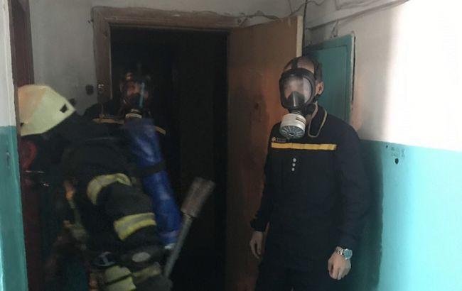 В Черкассах эвакуируют жителей многоэтажки из-за распыления химикатов