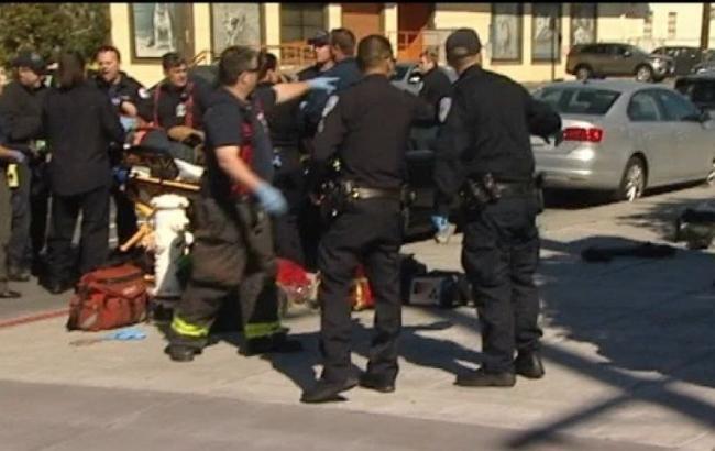 ВСан-Франциско шофёр сознательно врезался впешеходов, 4 человека ранены