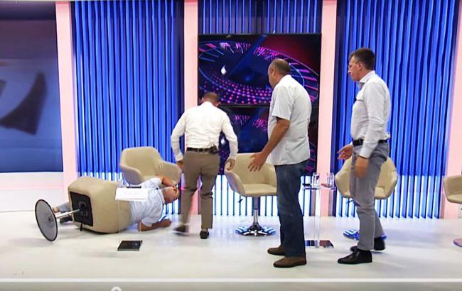 Экс-советник президента Молдовы подрался с бывшим замглавы МВД в прямом эфире