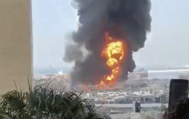 В Бейруте вновь вспыхнул сильный пожар в порту