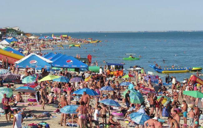Украинцы после отдыха на курортах на Азовском море жалуются на интоксикацию