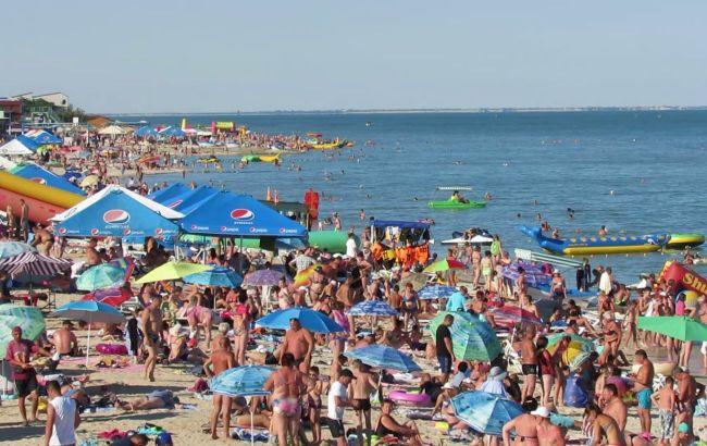 На пляжі курортної Кирилівки юнака вбило струмом: після НП закрили водні атракціони