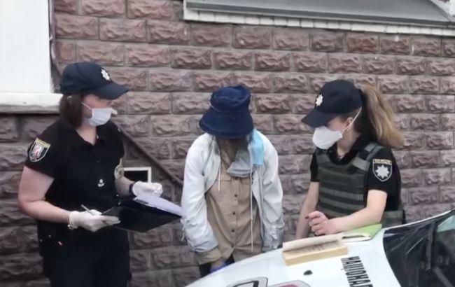 Пограбування банку в Києві: суд відправив підозрювану в СІЗО