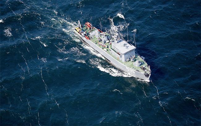 Біля кордонів Латвії зафіксовано три російських військових кораблі