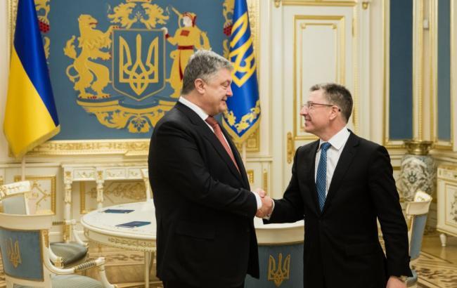Порошенко и Волкер обеспокоены отсутствием прогресса в выполнении РФ минских соглашений