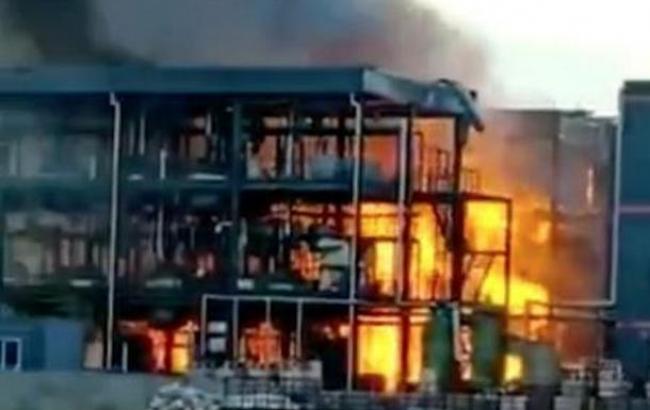 Взрыв на химзаводе в Китае: 19 человек погибли, 12 ранены