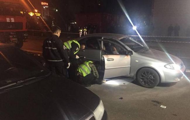 У Києві вибухнув автомобіль, одна людина загинула, одну поранено