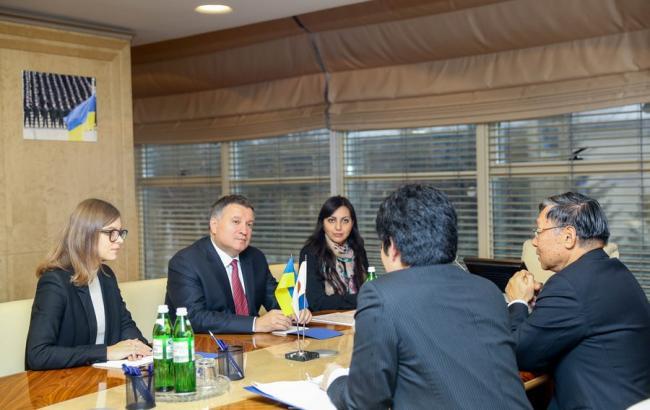 Фото: Арсен Аваков встретился с послом Японии Шигеки Суми