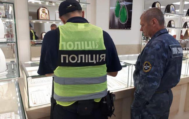 У Києві пограбували ювелірний магазин