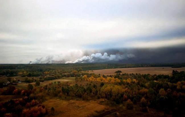 В Ичне продолжается ликвидация пожара на арсенале Минобороны