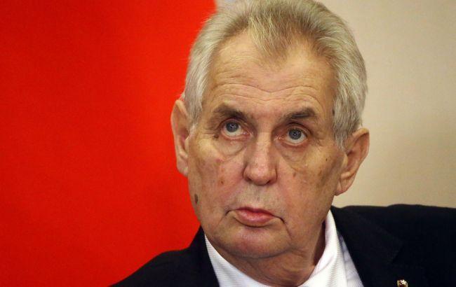 Прем'єр Чехії розповів про самопочуття президента країни після госпіталізації