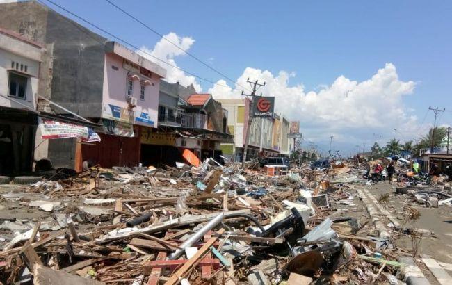 Фото: последствия землетрясения в Индонезии (twitter.com/UkrZaKordonom)