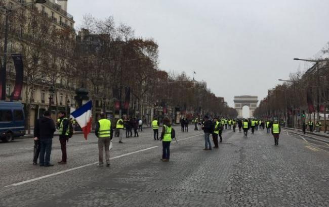Кількість затриманих під час протестів у Франції зросла до 120