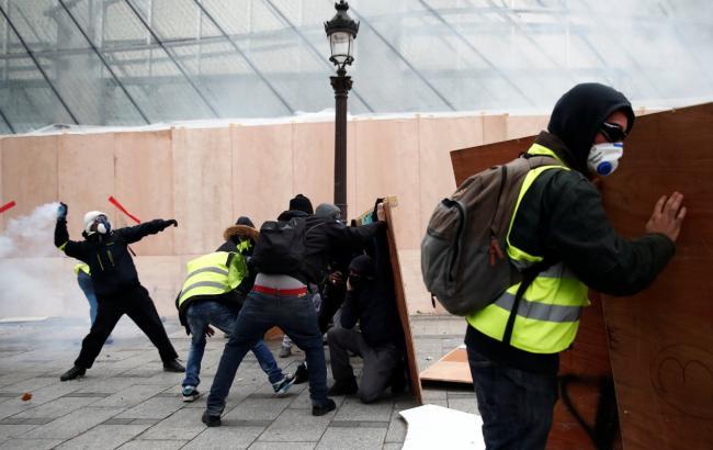 Протесты в Париже: количество пострадавших увеличилось до 60 человек