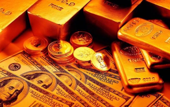 Фото: золото подешевело на 0,1%