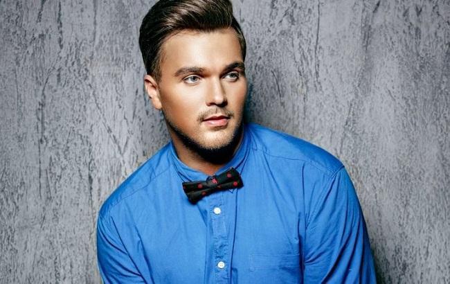 Российский певец предложил отобрать Евровидение у Киева