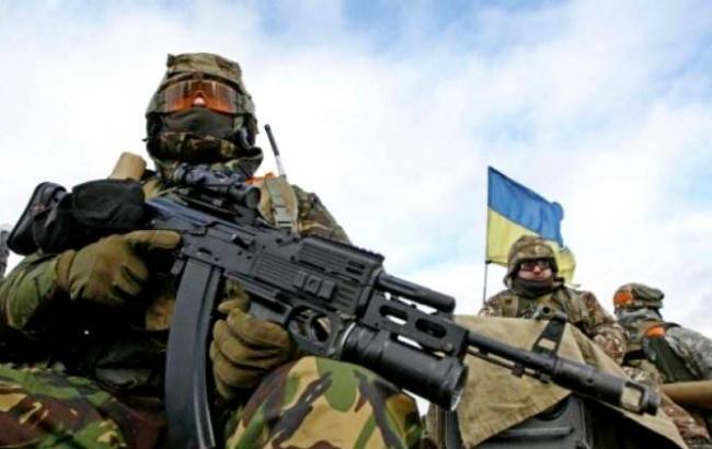 Фото: украинские военные на Донбассе
