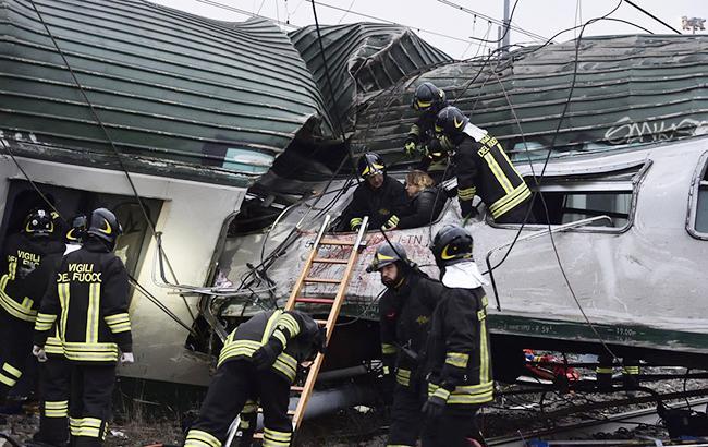 ВИталии произошла железнодорожная трагедия, есть погибшие