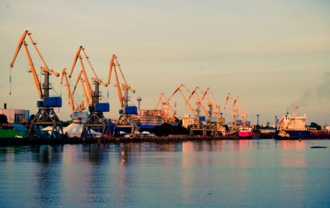 Фото: Іллічівський порт (odessa-life.od.ua)