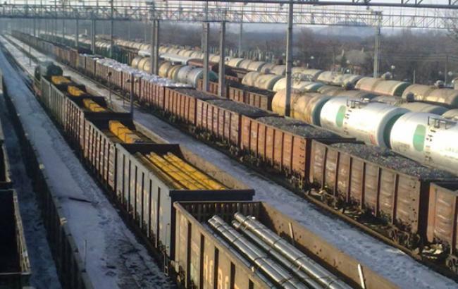 """""""Укрзалізниця"""" готує підвищення тарифів на вантажні перевезення залізницею на 30% з 1 лютого"""