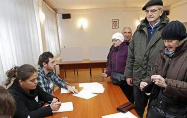 В Хорватии сегодня проходит второй тур президентский выборов