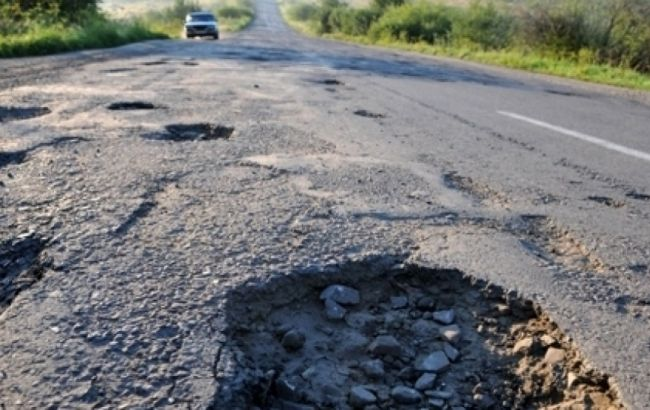 Плачевное состояние украинских дорог уже известно практически всему миру
