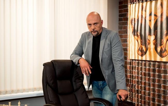 """Ведущий """"Реальной мистики"""" Андрей Дебрин нашел труп во время съемок, за дело взялась полиция"""