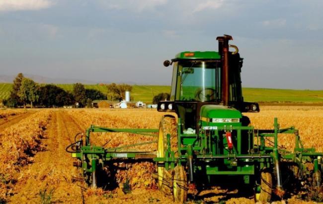 Обсяг сільгоспвиробництва в Україні у жовтні зменшився на 21,5%, - Держстат
