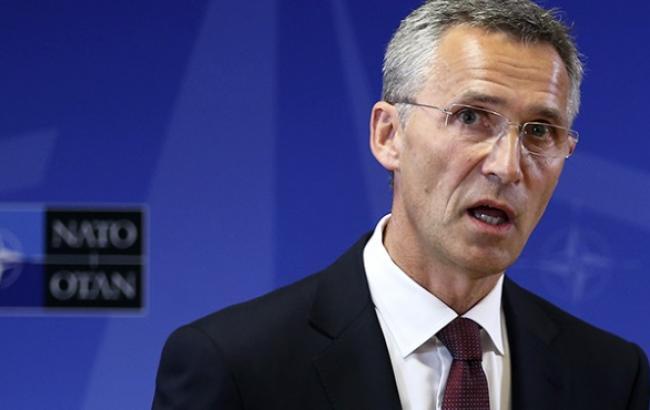 НАТО продовжує звинувачувати РФ у військовій підтримці донбаських сепаратистів