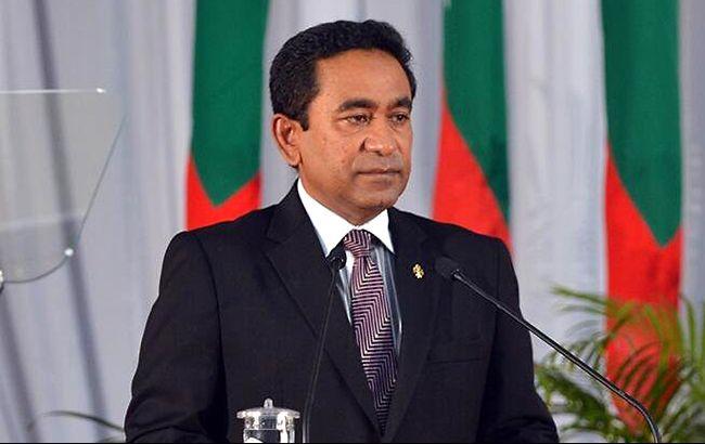 На Мальдівах оголошено надзвичайний стан