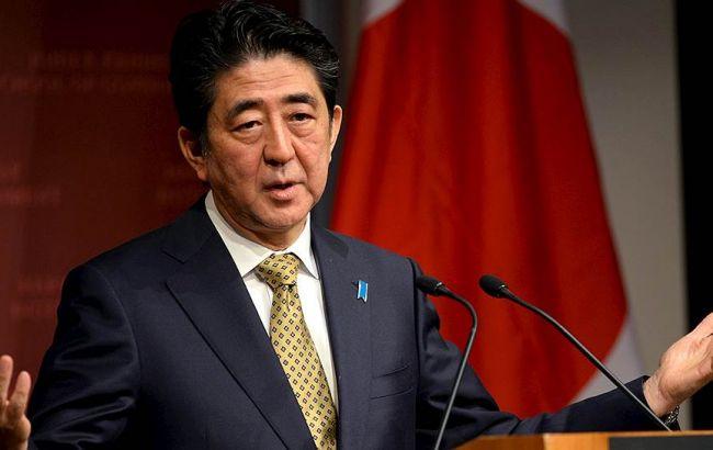 Фото: премьер-министр Японии Синдзо Абэ прокомментировал запуск КНДР баллистической ракеты