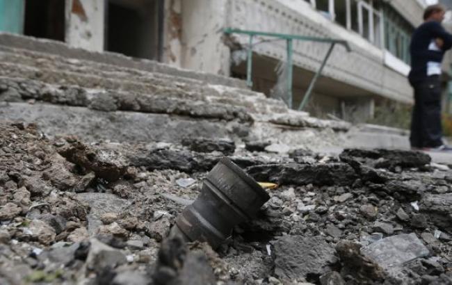 """Бойовики обстріляли з """"Градів"""" лікарню в Світлодарську, є постраждалі, - штаб АТО"""